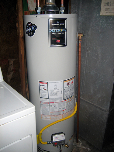 water heater installation by a plumbing contractor in Aurora, CO